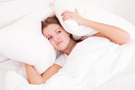 https://cdn.yarbanoo.com/media/posts/health/97/07/21/p4-ar-health-1656/sleep.jpg