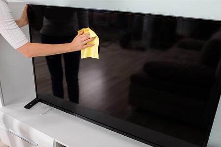 آموزش تمیز کردن صفحه نمایش تلویزیون