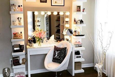 مرتب کردن میز آرایش